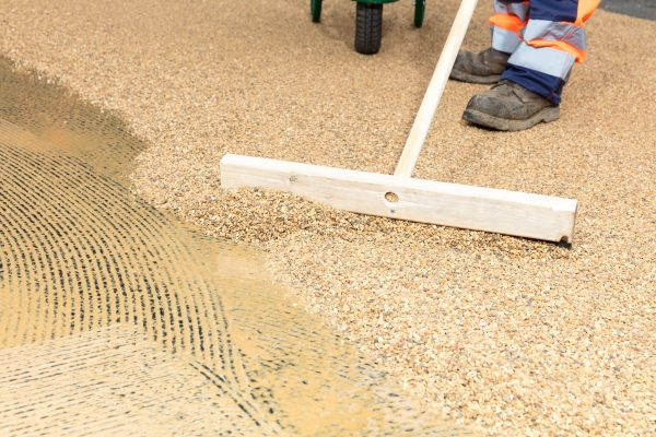 Laying Resin Bonded Surfacing